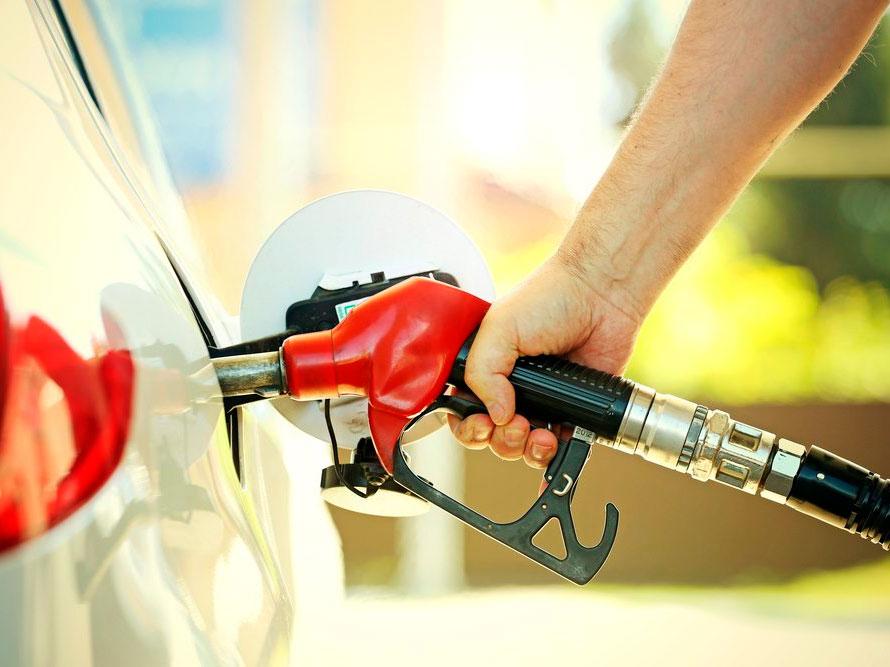 Qual combustível é mais vantajoso? | Oficina Beira-Mar